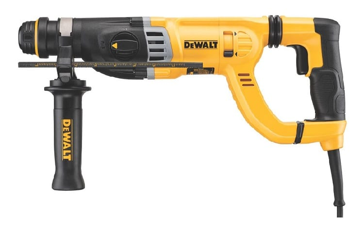 DEWALT Rotary Hammer Drill with Shocks, D-Handle, SDS, 1-1/8-Inch (D25263K) Review