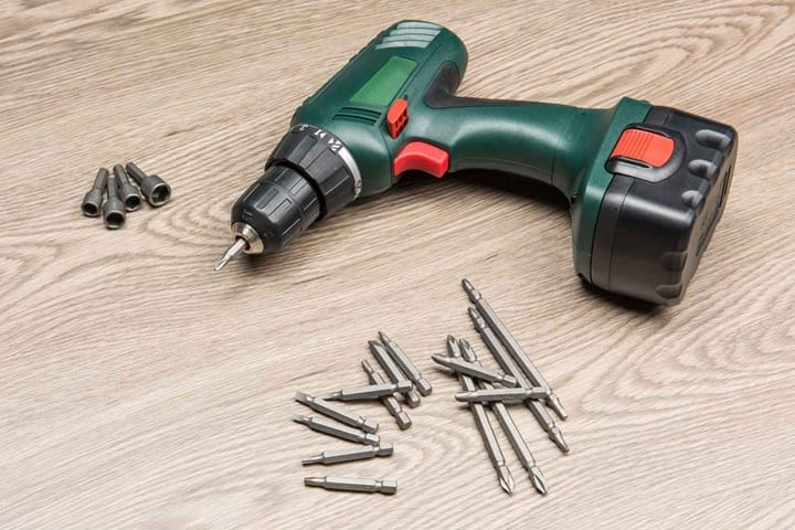 Screwdriver drills