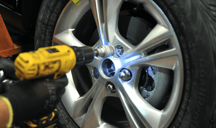 impact wrench for change flat tire