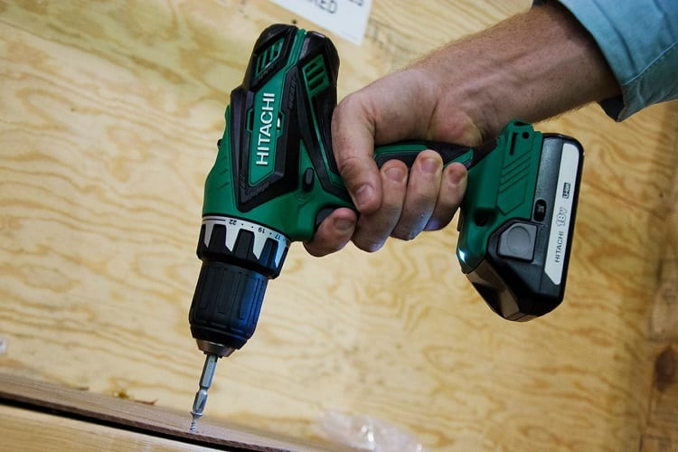 cordless drill as a screwdriver