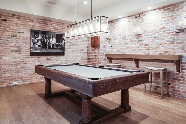 Bar and Billiards