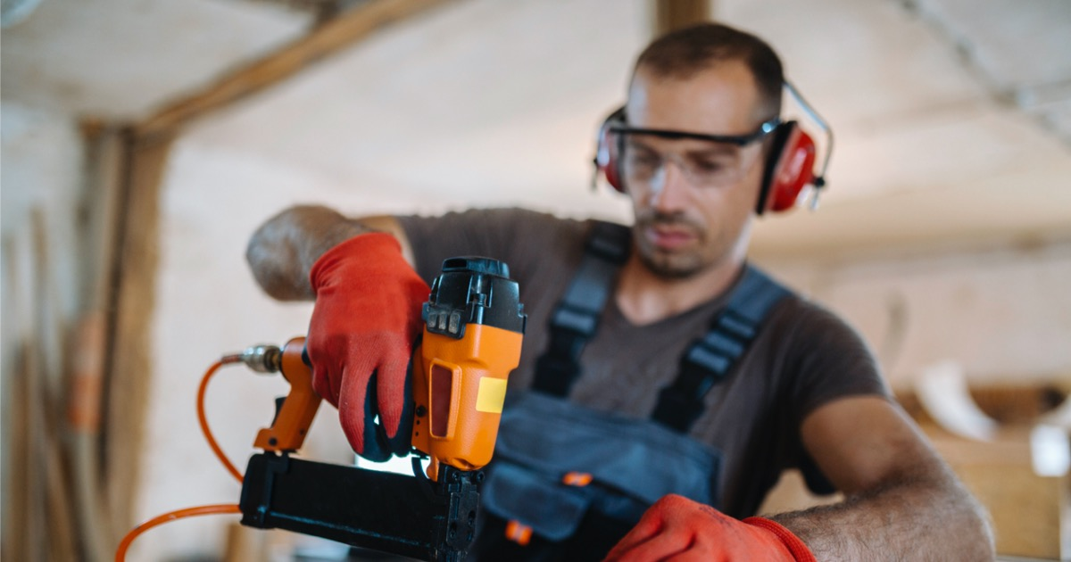 What is a Nail Gun? FAQ